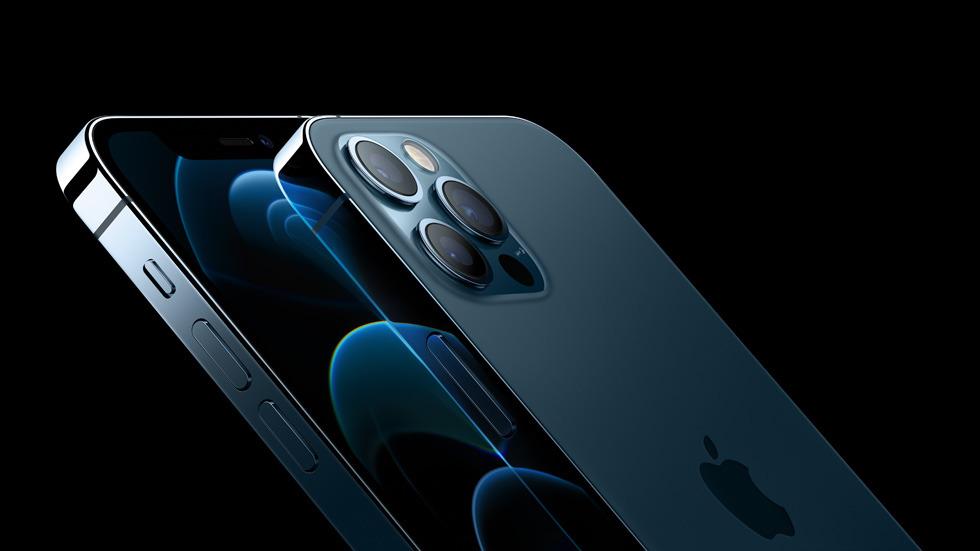 iPhone 12 Pro vs. Samsung Galaxy S20