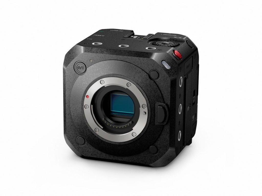 Digitalni kamkorder Panasonic LUMIX BGH1 je resnično nekaj posebnega.