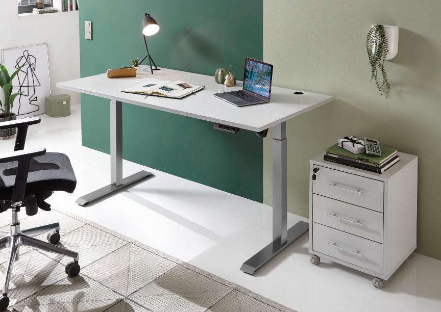 Kakovostna pisalna miza in stol nista edina kosa pohištva, ki ju potrebujemo za učinkovito delo, sta pa gotovo najbolj izstopajoča.
