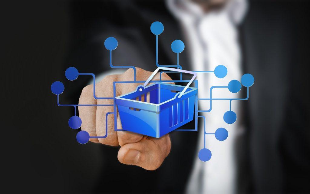 Spletno nakupovanje je letos svetla izjema trgovine na drobno