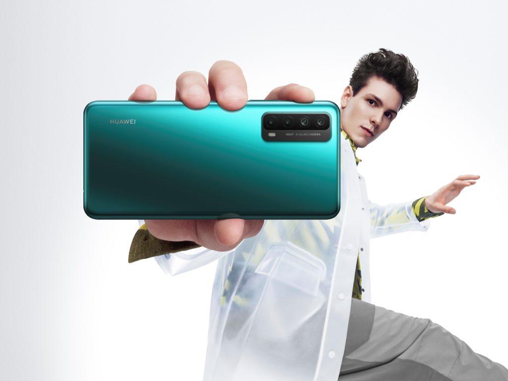 Cel dan zabave s pametnim telefonom Huawei P smart 2021