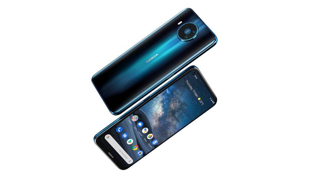 Pametni mobilni telefon Nokia 8.3 navdušuje v številnih pogledih.