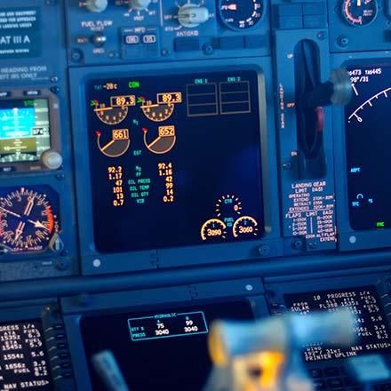 Uvajanje popolne avtomatizacije v IKT sisteme naenkrat, bi bilo podobno, kot bi pred 100 leti pilotu dali pilotirati moderno letalo, ki sicer zmore večino časa leteti samo.