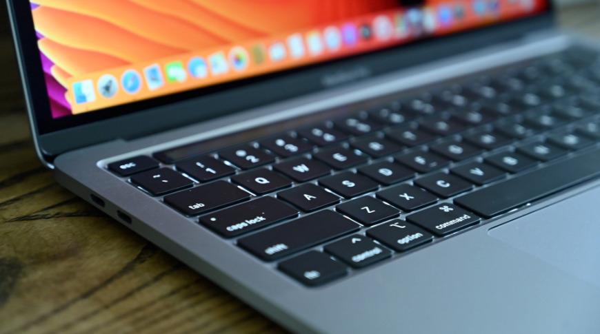 MacBook Pro bo letos ponovno dobil HDMI vhod in čitalec SD kartic