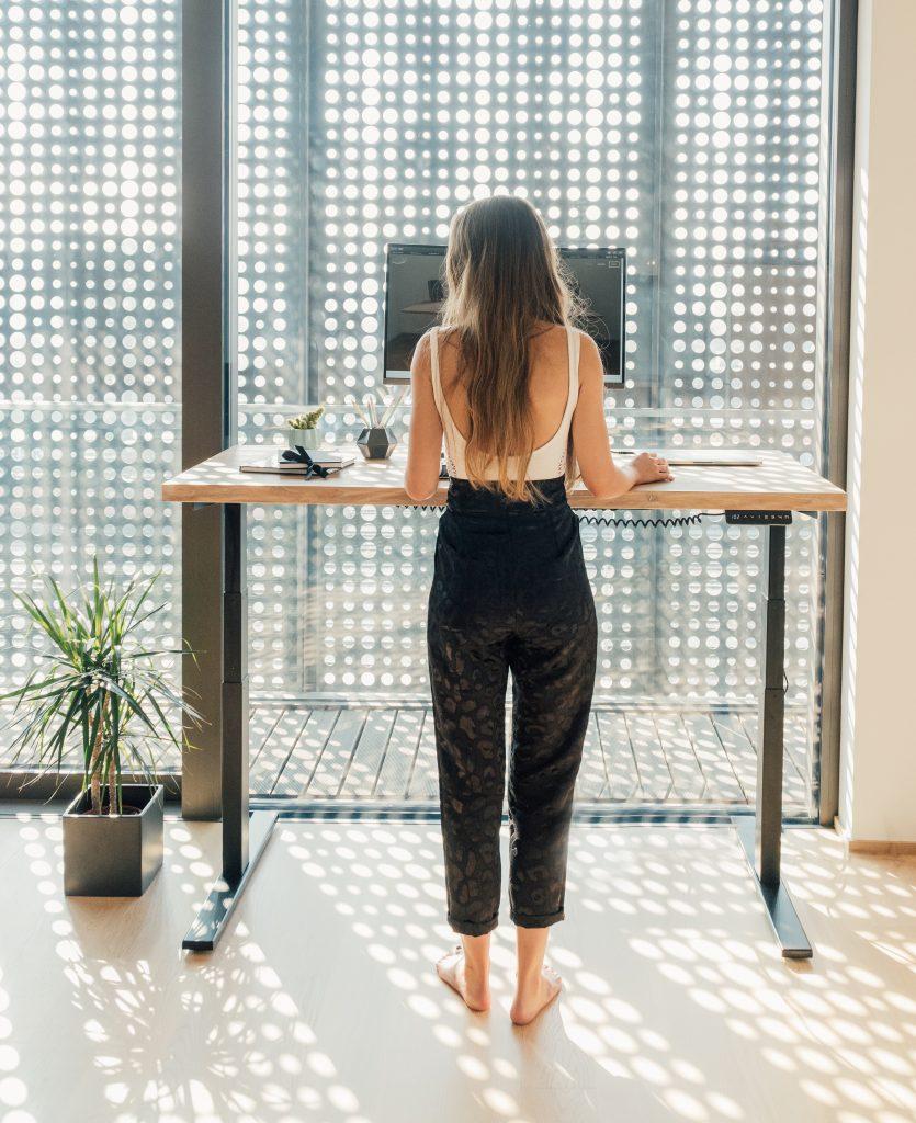 Dvižne mize, ki ne sklepajo kompromisov