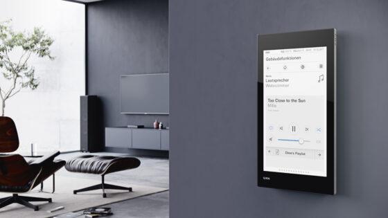 Z Gira inteligentnim sistemom avtomatizirajte razsvetljavo, ogrevanje ali senčila