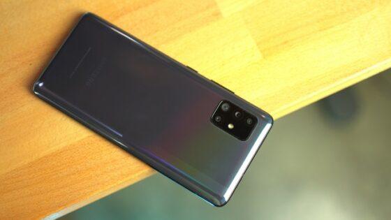 Samsung bo zagotavljal štiri leta posodobitev za vse svoje telefone, ki so bili izdelani od leta 2019.