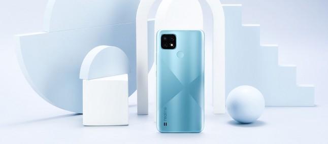 Pametni mobilni telefon Realme C21 je na voljo že za zgolj preračunanih 102 evra.