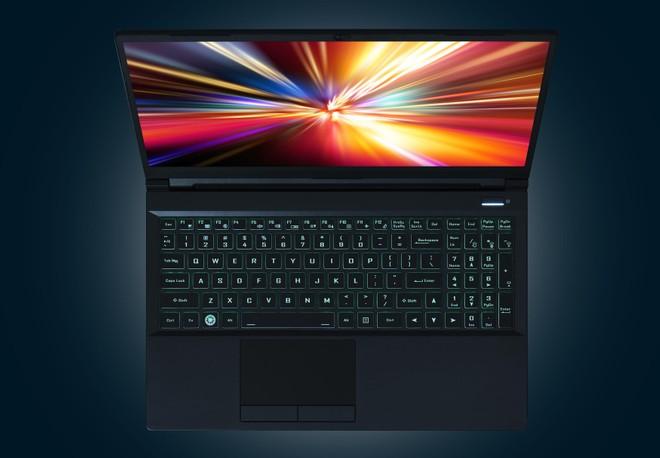 Prenosni računalnik Kubuntu Focus M2 je na voljo tudi z grafično kartico GeForce RTX 3080.