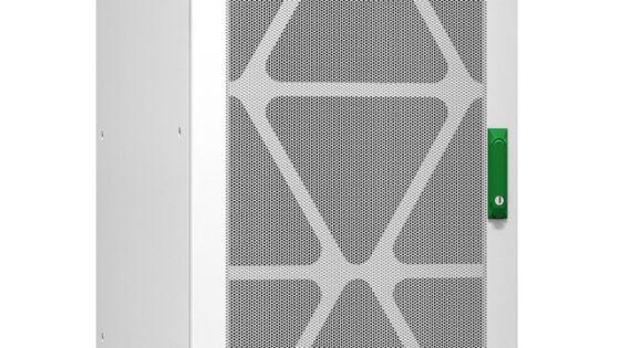 Napajalniki Easy UPS 3L za neprekinjeno napajanje so kompaktne oblike, izjemne vzporedne zasnove in imajo robustne električne specifikacije.