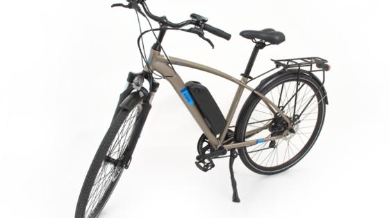 Električni kolesi 2M in 2D sta samozavestno stopili na središče odra in bosta v mestnih središčih popolnoma zasenčili osebne avtomobile.