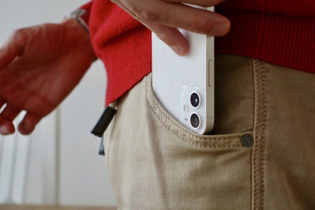 iPhone v letu 2022 bi lahko ponudil lastnosti, ki jih v iPhonu 13 še ne bo.