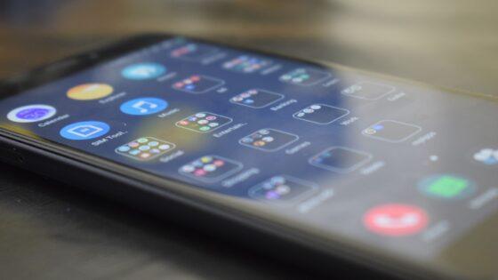 Novi Xiaomi Mi 11 Lite naj bi za malo denarja ponujal veliko!