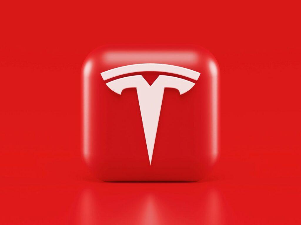 Podjetje Tesla verjame v prihodnost plačevanja s kriptovalutami.