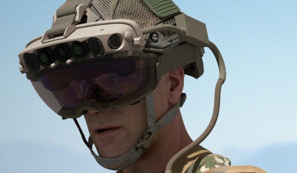 Microsoft je za ameriško vojsko pripravil posebno različico očal HoloLens.