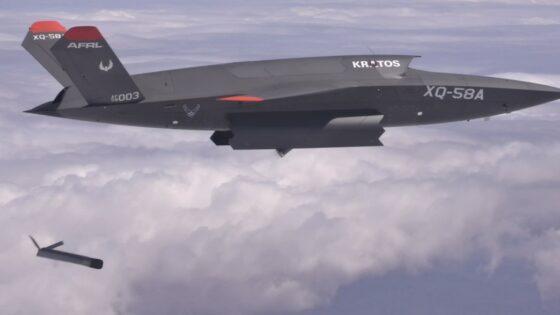 Ameriška vojaška letala XQ-58 Valkyrie lahko sedaj izstrelijo tudi manjša zračna plovila.