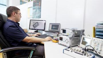 MouldEar na trgu zapolnjuje pomembno vrzel med individualiziranimi sistemi nadzora brizganja ter cenovno ugodnimi sistemi, ki jim običajno manjka veliko funkcionalnosti.