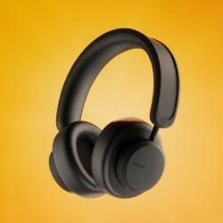 Urbanista Los Angeles so prve samopolnilne, brezžične slušalke, ki se polnijo s katerokoli svetlobo.