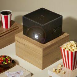 Novi Epson laserski projektor vključuje visoko Full HD ločljivost, Android TV, HDR barvno podporo ter neverjetni zvok.