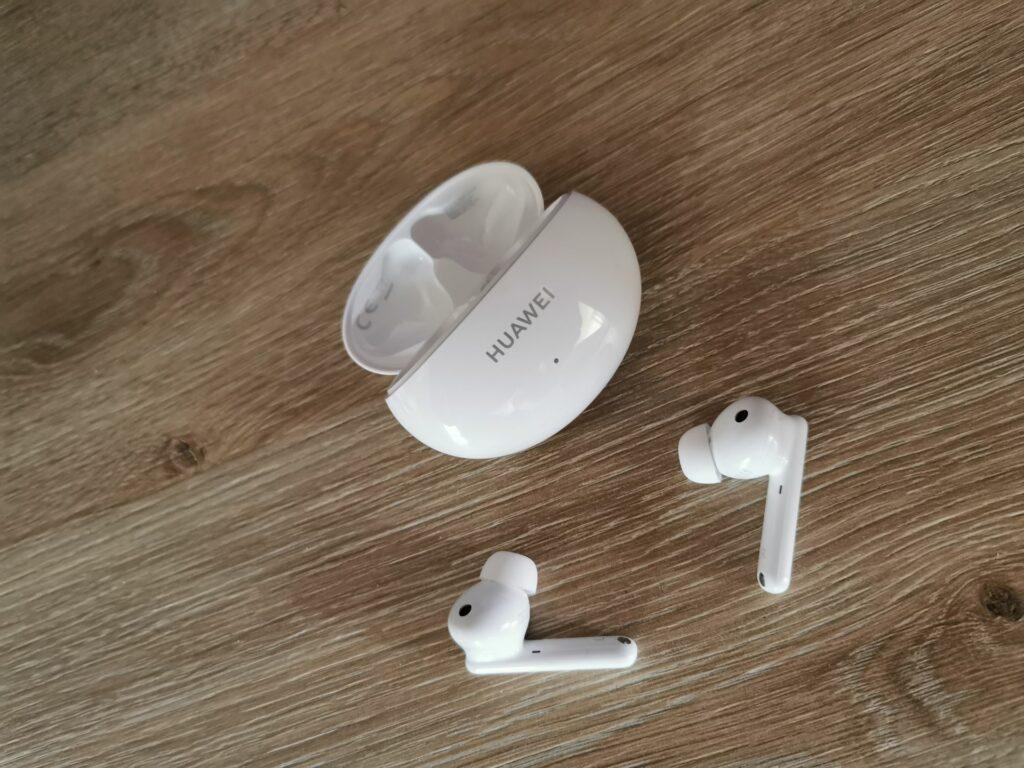 Preizkusili smo FreeBuds 4i: So to najboljše brezžične slušalke v svojem