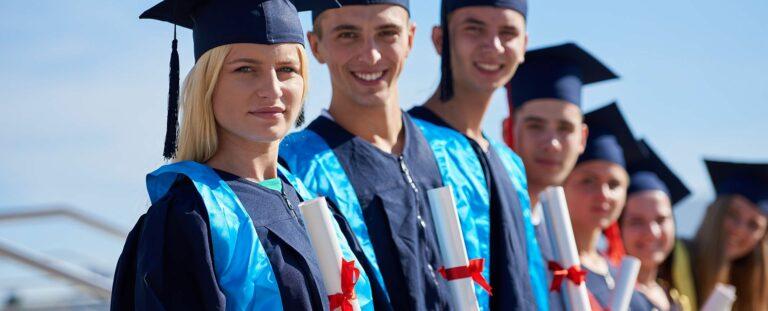 VŠR je napredna šola z bogato zakladnica znanja na področju financ in računovodstva.