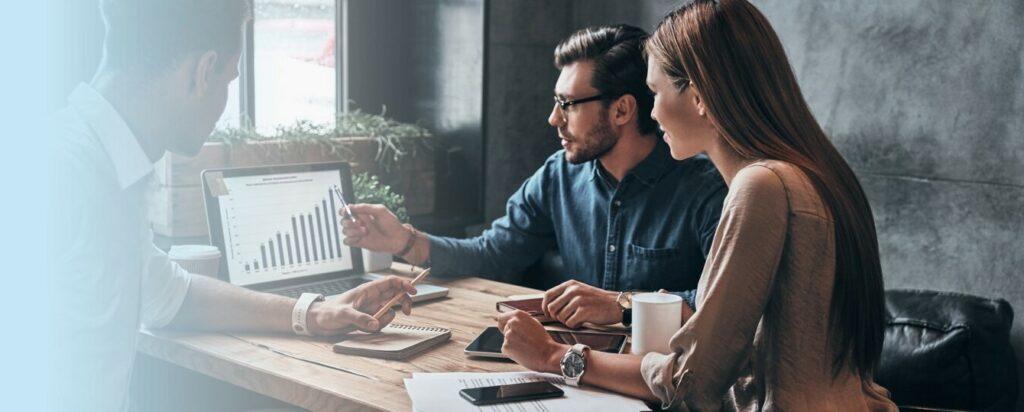 Konica Minolta ohranja vodilni položaj v svetovnem trgu tiskanja, hkrati pa se močno uveljavlja na trgu IT storitev.