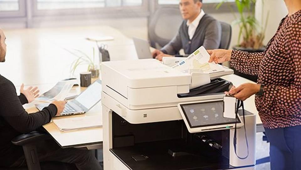 Podjetje IT Biro, pooblaščen servis za naprave Canon, nudi celovite informacijske rešitve na področju tiskanja in obdelovanja dokumentov.