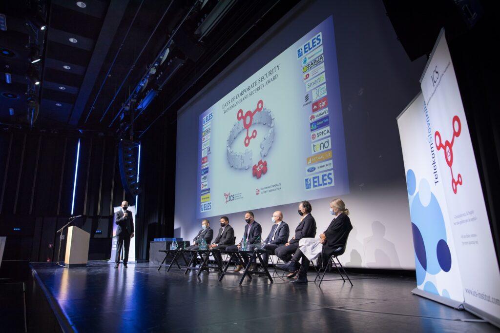 Konferenca Dnevi korporativne varnosti 2021 je potekala v znamenju informacijske varnosti v dobi digitalizacije in globalne epidemije.