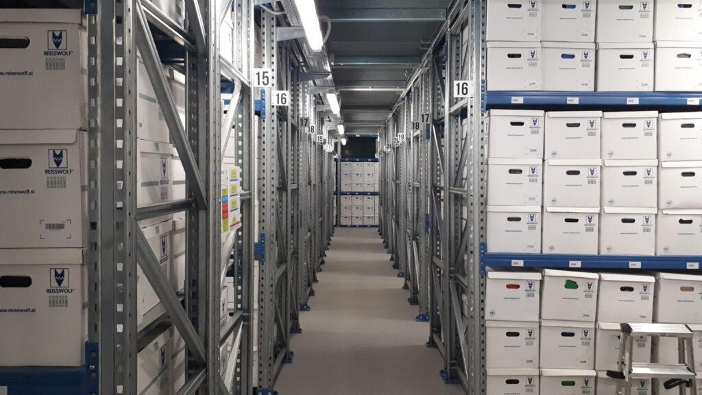 Varnost podatkov je eno poglavitnih vprašanj vsakega podjetja. Podjetje Reisswolf je razvilo celovito rešitev za varno hrambo podatkov.