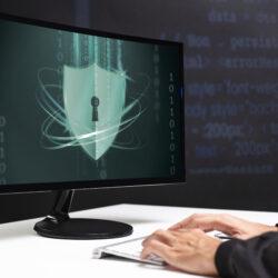 Varnostni pregled sistema in strokovno svetovanje vam lahko pomagata do celovitega varnostnega sistema.