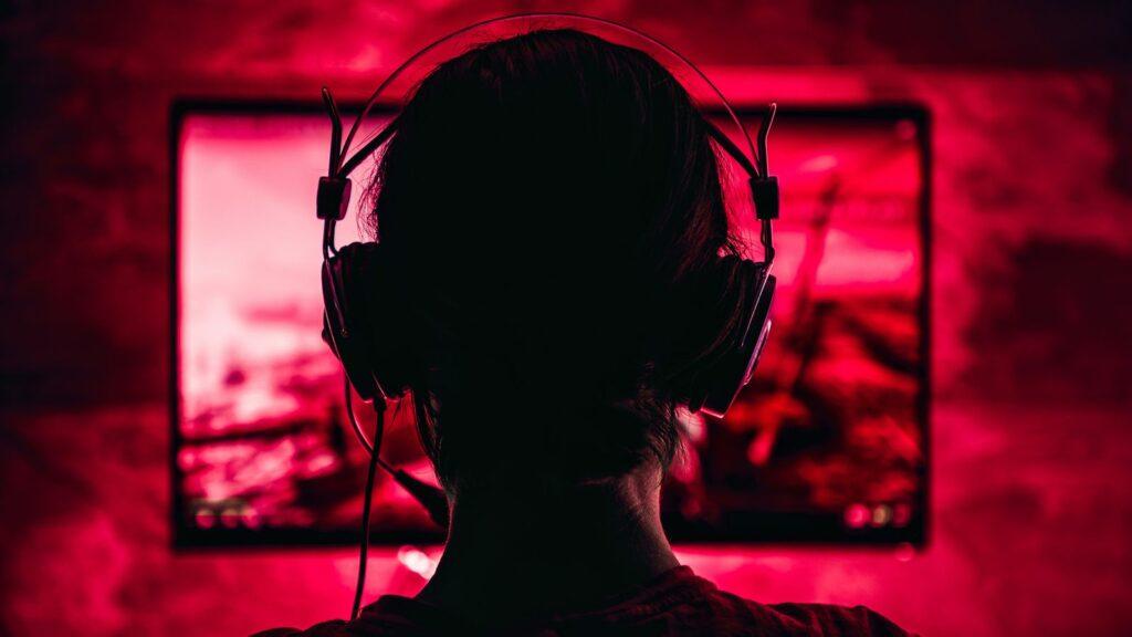 Netflix naj bi že dlje časa razmišljal v smeri ponujanja računalniških iger preko spleta.