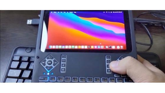Kompaktni računalnik LattePanda Alpha lahko brez težav poganja Apple macOS Big Sur.