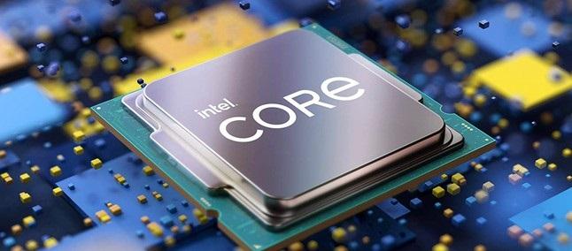 Za novi procesor Intel Core i9-12900K je treba odšteti kar preračunanih 850 evrov.