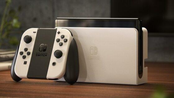 Prenosna igralna konzola Nintendo Switch OLED bo zlahka prepričala mnoge!