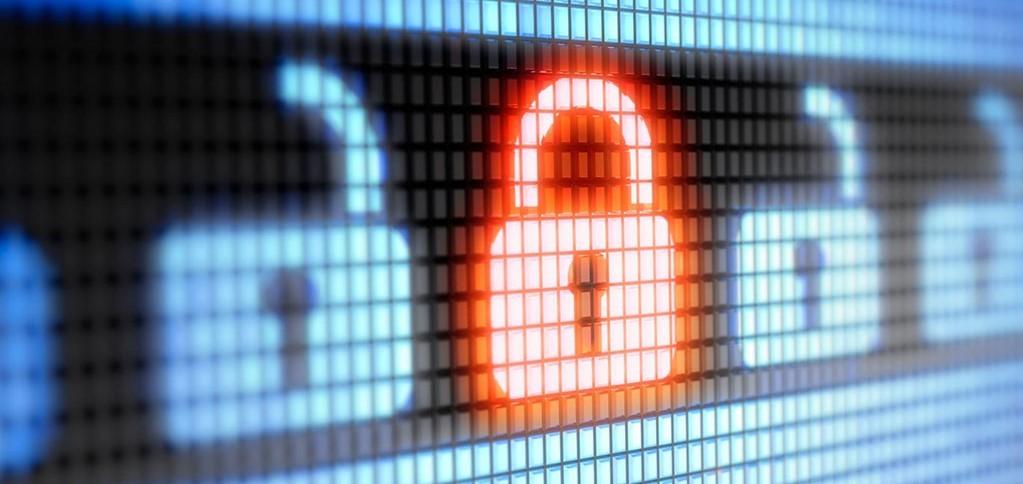 Varnostni pregled informacijskega sistema in strokovno svetovanje pripomoreta pri zagotavljanju kibernetske varnosti podjetja.