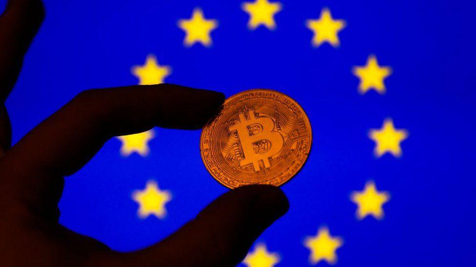 Ali bo zasebnosti plačevanja z Bitcoinom v Evropi kmalu konec?