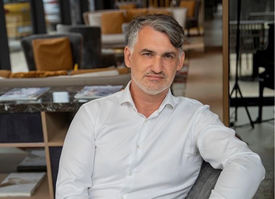 Prof. dr. Milan Krajnc, psihoterapevt, nominiranec za Nobelovo nagrado in strokovnjak za reševanje problemov na osebnem in poslovnem področju.