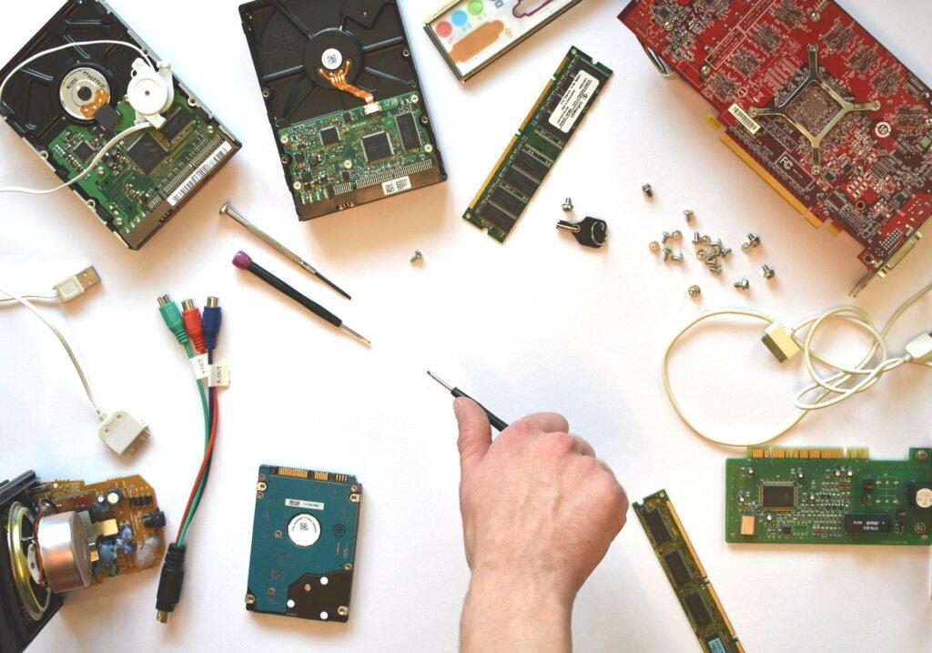 popravilo-servis-prenosni-računalnik