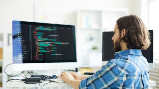 Če ste tudi vi med tistimi, ki vas privlači področje informatike, se pridružite aktualnemu višješolskemu programu Informatika, ki ga izvajajo na Višji strokovni šoli DOBA.