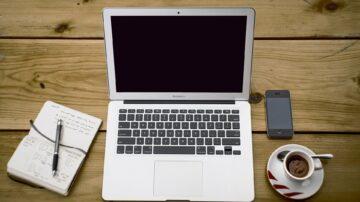 Prenosni računalniki so priročni prav zaradi prenosljivosti, vendar so zaradi tega tudi bolj izpostavljeni morebitnim poškodbam.