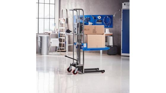 Potrebujete pomoč za premikanje težkih palet in drugih materialov? Podjetje ProSIGMA želi poskrbeti, da je dvigovanje bremen prijazno za delavce, kolikor je to le mogoče.
